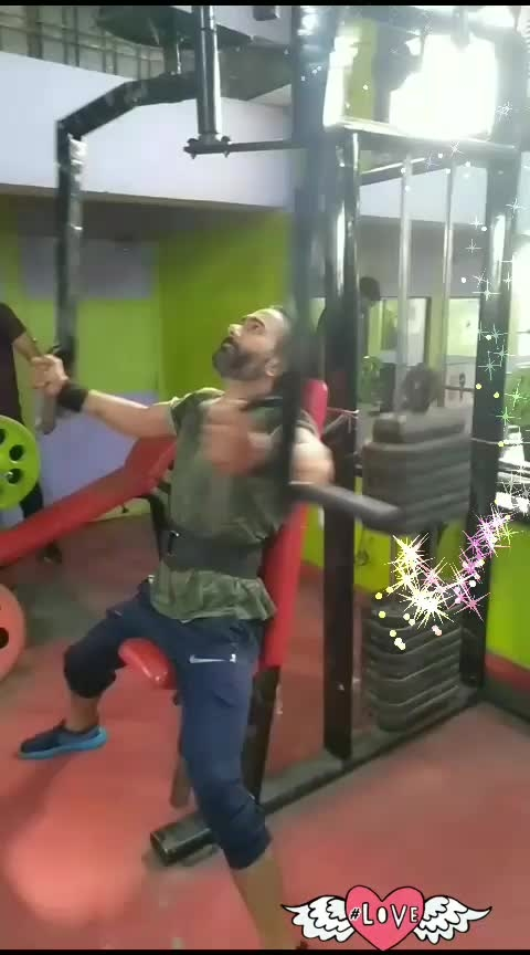 butterfly करिए ओर अच्छी चेस्ट बनाए । #gym #chestworkout #fit #fitness #motvation #motivational  #healthychoices