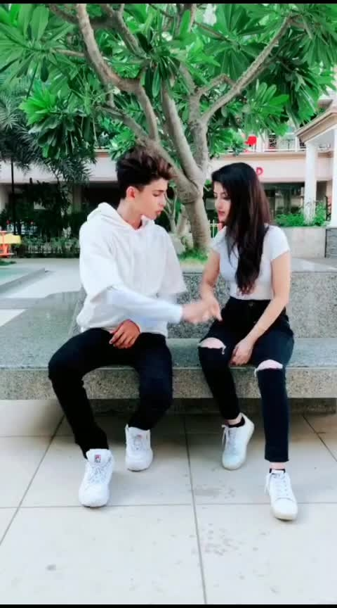 nice couple nd song #yaar_tera  #terayar  #bf-gf  #gf_bf  #romanticmoment  #romanti  #husbands  #wife-husband  #teri_meri_dostiiiiiii #143  #143loveyou  #freindshipgoals  #friend-for-ever  #funny-friend  #best-friend  #best-song  #best #best-dailouge  #first_love-tha-best-love  #ropo-beats  #bestvacation #rops-star #rops-style #rop-love #rop-beauty #ro-po-so #romanticevening #romanc #co-actor #roposoness #all-actors-mo #roposo-movie #bollywooddialogues #bollywoodblock #bollywoodmakeuplook #bollywood_comedy #stus #stutasboy143 #stutasgirle #stuts #stutisingh #best-song #love-song #rimix #hiropopspo #herion #heros #hindifilmsdialogues #hindimovie #hindistatus #whatsappstatus #whatsappstatusvideo tfilmistaanchannel #roposo-filmist #ropo-video #clips #roposo-movie #movie #moviecutstatus #mowietrailer #punjabi-movie-scene #movie lovers #moviemast. #movieclip #shortmovie seen #moviecomedy #moviememes #moviescane #moviepromo #roposo-hindi #hindivideo #movie-dialogues #hindL-dialogue #dialogues #filmistaaan #filmymoments #salmankhan #sahrukh-khan #amir-khan #silpha shetty #anushkasharma #varundhawan #dipikapadukone #ranbirkapoor