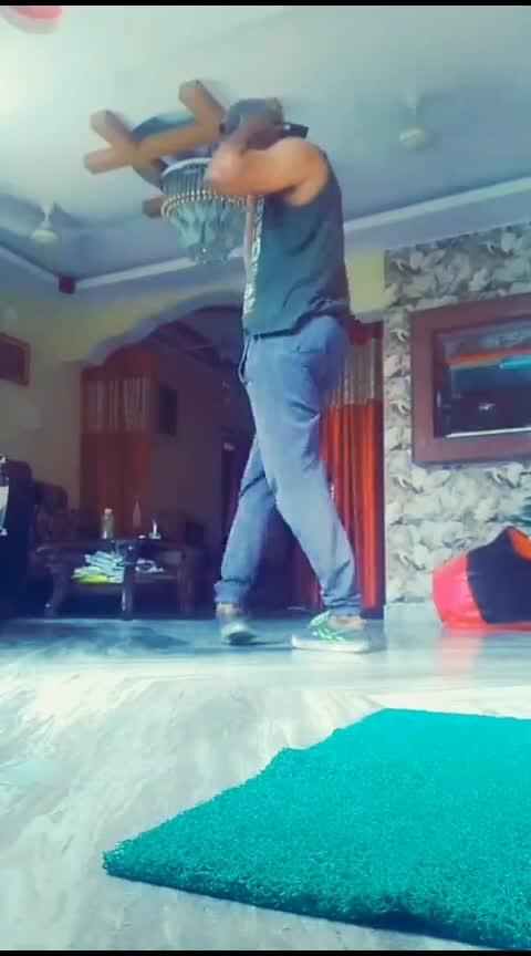 #gliding #roposo #roposo-dancer #danceindia #roposoindia #roposocontest #featureme