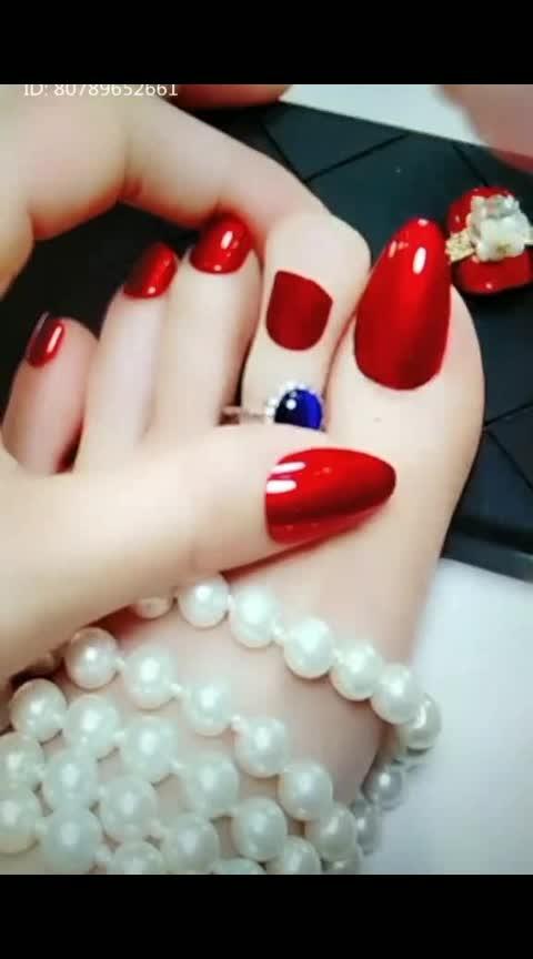 #roposo#lookinggoodfeelgood #nail-designs