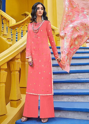 There is nothing better than having summer colors in your wardrobe, launched in our new Roma Yumna. A lovely peach casual wear straight cut style suit comes with Emroidered Digitally Printed Poly Silk Top, Dyed Nylon Staple Bottom and Embroidered Digitally Printed Dupatta.