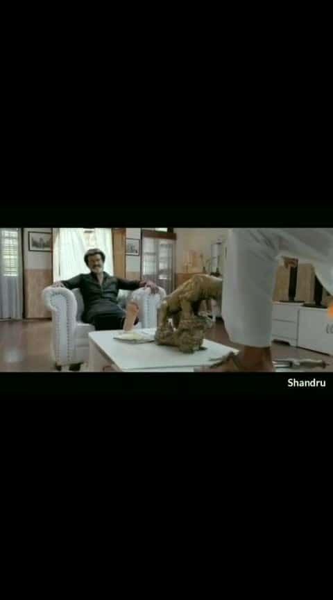 #thalaivar_mass #rajinikanthstyle #rajini_mass_scenes #rajini-old-best-act