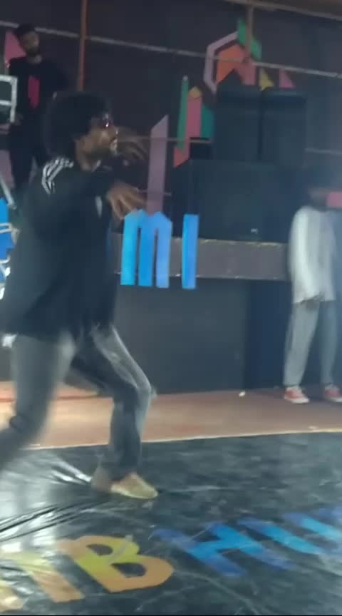 ranbumi throwdown 2019 #featureme #featurethisvideo #featurethis #dance #roposo-dance #viralvideo #viral #viralvideos