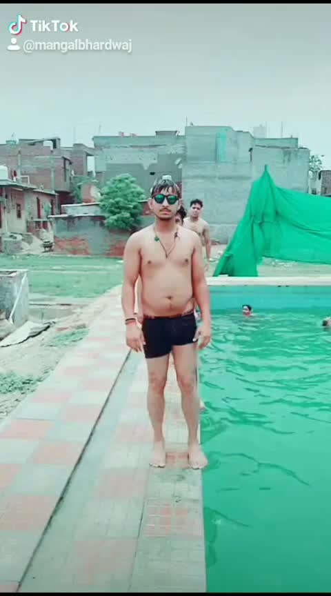 Dum dum diga diga #slowmotionchallenge #video #swimmingpool
