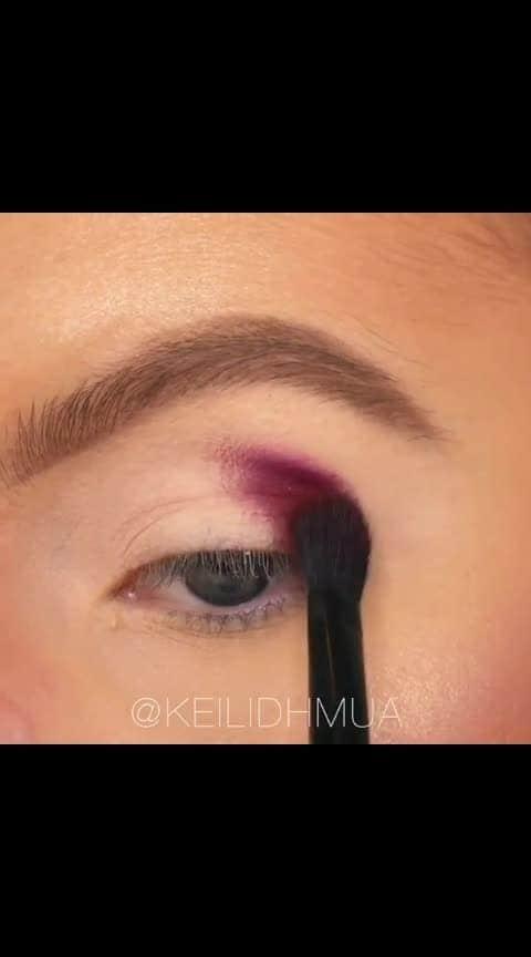 #makeupvideo   #makeup   #makeuptransformation #colorfulmakeup  #lightmakeup  #rainbowmakeup #glitteraddict #glittermakeup  #graphicliner #cutcreasemakeup #crazymakeup  #creativemakeup #makeupinsporation #eyeshadowtutorials #eyeshadowlook  #popofcolour  #makeupisart  #talentedmuas #muasfeaturing #makeupaddict  #artisticmakeups #makeupartist  #colorfuleyeshadow #glittereyeshadow  #followme  #followers  #roposostar