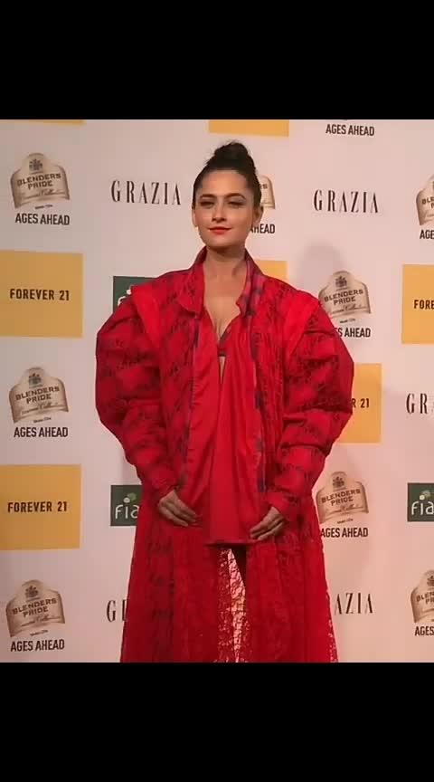 #graziamillennialawards #graziamillennialawards2019 #fashion #be-fashionable #style #fashion-diva  #awardsnight
