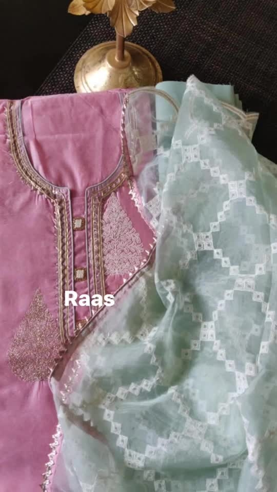 Rate:2750/-  New stock of chanderies in store🌸🌸🌸 Beautiful chanderi embroidered shirts with badla and threadwork Cotton bottoms Organza embroidered dupattas🌸🌸🌸