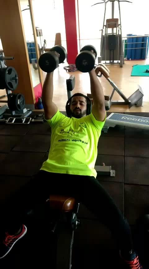Chest Workout No 2 inclain bench dumbbells flying and ground pushups 10 #jp_fitness_trainer #jsfitnesszoneyoutubechannel #jsfitnesszone #roposo #roposostar #risingstar #roposocamera #roposomodel #roposoacting #roposo-good #fitness #backworkout #onearm