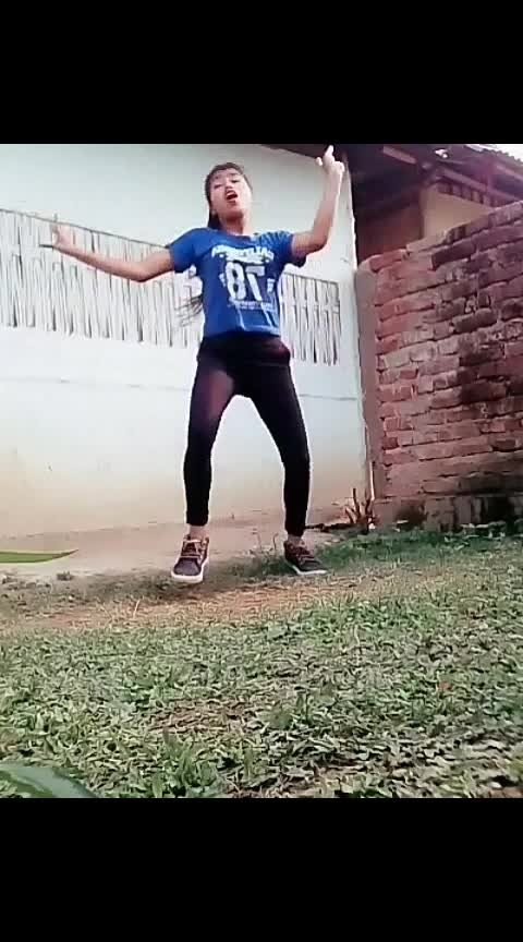 aila re hiphop dance killing moves#aila #roposostar #roposorisingstar #roposotalenthunt #roposodancer #beats #wow #foryou #yourfeed #roposo-best #hiphop #indiandancer #hiphopdance #hindisongs #staroftheweek #staroftheday #roposo-feed #slay #energetic #roposo-talent Tanisha Roposo Roposo Krishna Manisha
