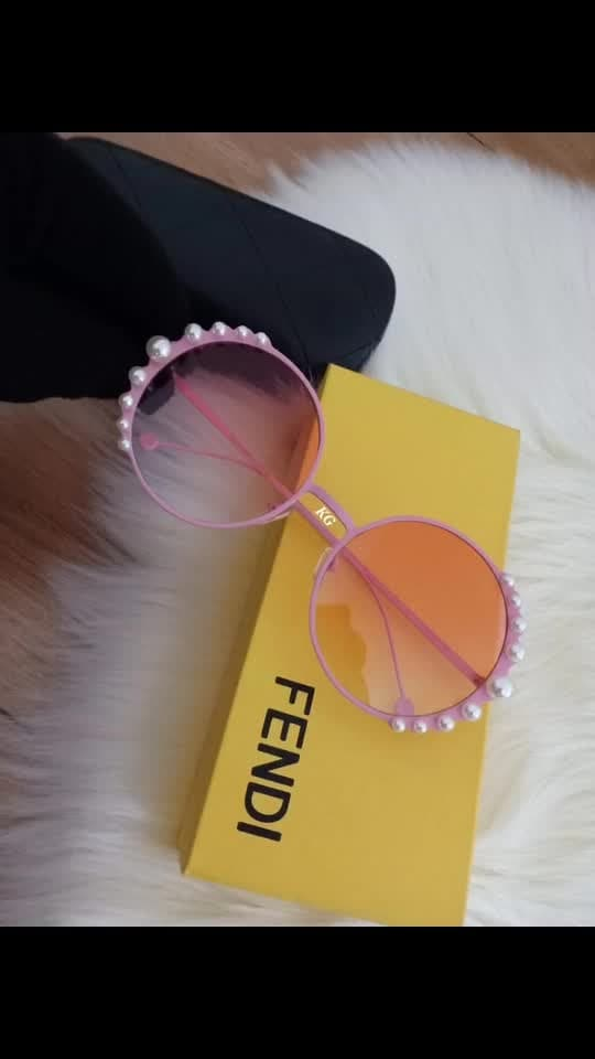 FENDI SUNGLASSES.. SIDE PEARLS... EXCELLENT DESIGN.. WITH BRANDING ON FRAME AND GLASSES.. WITH BRAND BOX..