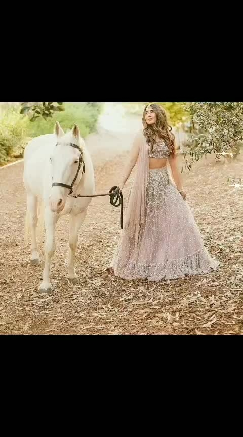 #fashion #fashionquotient #horse #ropo-beauty #roposocaptured #roposo-style