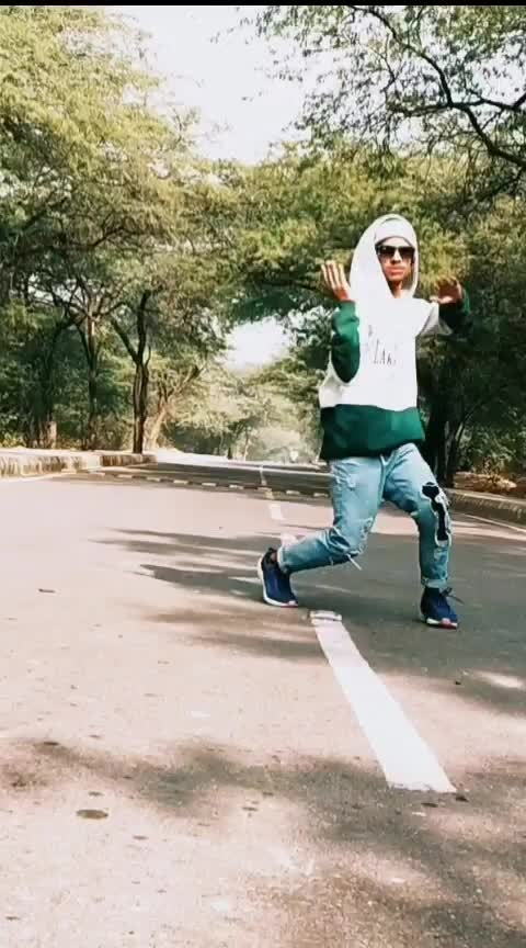 new freestyle video #new  #ropo-video  #new-style  #free  #freestyledance  #freestyle  #dance  #roposo-dancer  #dancelife  #love-life  #cutecouple-with-nice-song  #thanksroposo-for-such-a-colourfui-video #roposo  #rops-star  #roposostar  #good--morning--my--all-roposo--friends   #roposogod #roposo-good  #good  #weather  #learner  #danceing #majedar  #roposo-mood  #mood  #support  #me #nitinyogi2