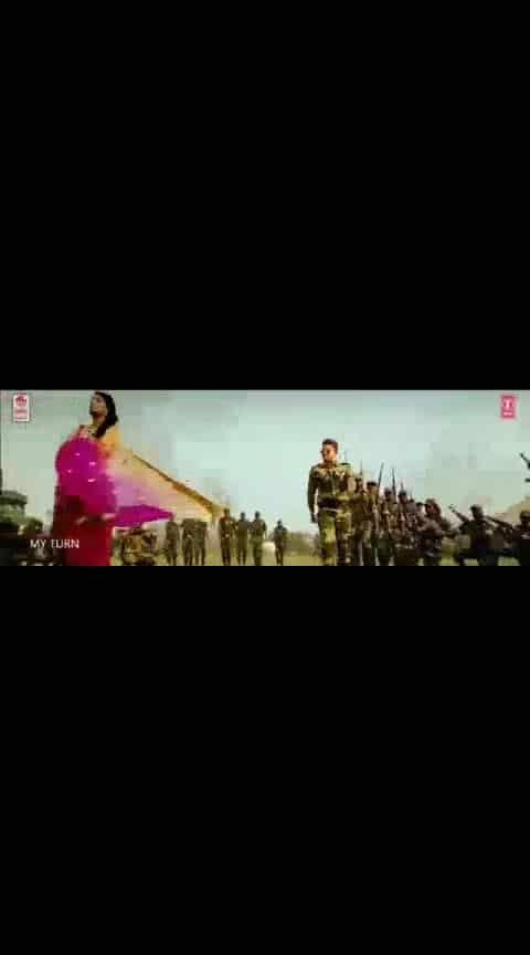 #alluarjun #rakulpreetsingh #sarinodu #youaremymla #videosong #whatsapp-status