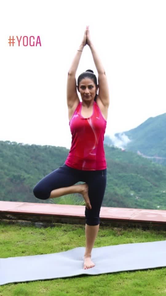 Yoga Karo.. Raho fit, Baad mein.. Ho No Khit-Pit . No khit-pit 😀   #YogaDay2019 #InternationalYogaDay #InternationalDayOfYoga #YogaForAll #WorldYogaDay #yoga #yogaposes #yogagirl #yogainspiration #yogafit #yogaeverydamnday #worldyoga #timeforyoga #fitnessgirl #ChefMeghna