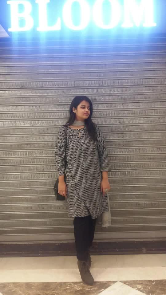 #trapqueen  #2k19  #iphoneonly  #muafam q #artist  #beauty  #makeupaddict  #makeupjunkie  #makeupartistry  #l4l  #ootdmalaysia  #botttomwear  #selfiequeen #selfienation  #makeupoftheday #ootd ##qotd  #selfie #smile #selfietime  #beautyaddict  #swag   #colors  #smile  #pretty  #fashionfiles  #sc  #ardelllashes  #makeupbymeghnaroda #makeupbyme  #fashion #pink