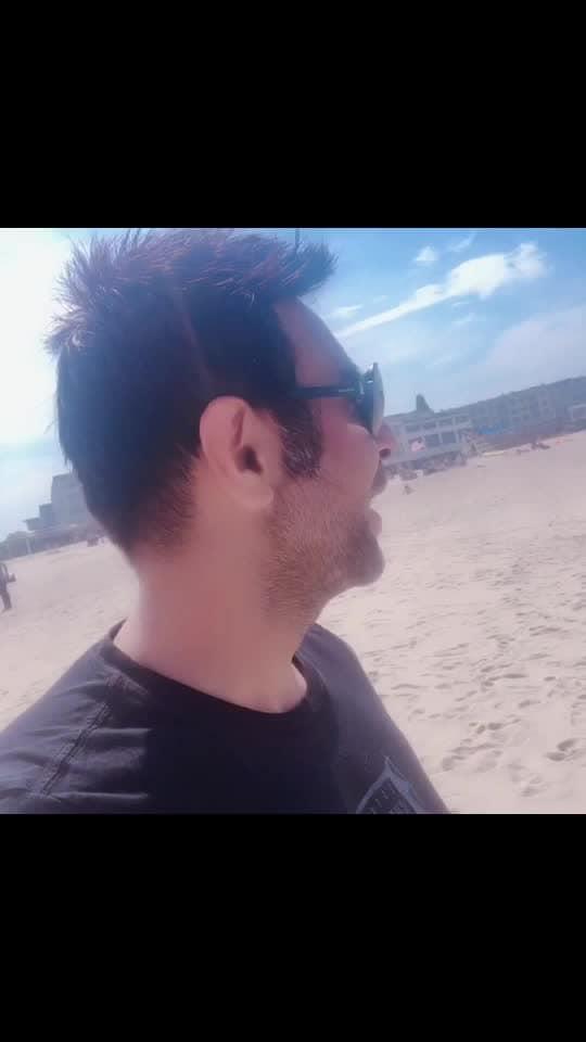 Stepping into the Atlantic Ocean.. long branch beach..  super duper cold water..   #atlanticocean #sea #beach #longbranch #longbranchbeach #coldwater #holiday #dancer #sandipsoparrkar #indiafineartscouncil #usadanceday #titanic #bermudatriangle #waves #stepin