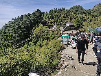 #mcleodganj #mcleodganjdiaries #mcleodganjtrip #Nature #mountains #hiking #sky #trees #rock #clouds #clearsky #people