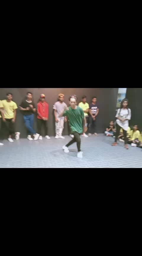 dance  #dance #roposo-dance #roposo-dancer #lovedancing