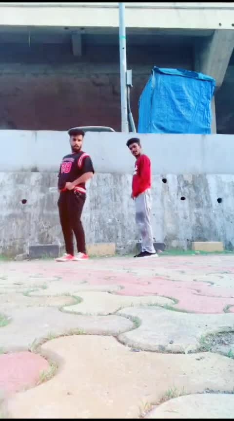 sona ni cycle💃#hiphopdance #hiphop #trendsetter #roposo-dance #roposo-beats #roposo-star #roposo-wow #roposo-trending #roposo-foryou #roposo-daily #roposo-tv #roposo-contest