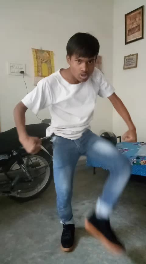 Believer  #freestyledance #roposo-dancers #artistlife #roposoartists #worldofartists #worlddancers #dancerslife #worldwide #krump #tutorialvideo #sizzableschoolofdance #sizzable