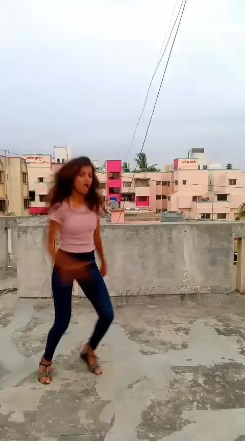 Hauli Hauli Dance 🔥🔥 #hauli_hauli #dance #roposodance #rops-star