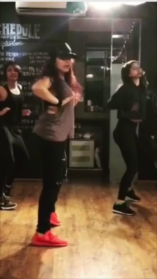 Song - fetish by Selena Gomez  Choreography by - hemanshi choksi  Location - tangerine arts studio  #selenagomez #fetish #dancerslife