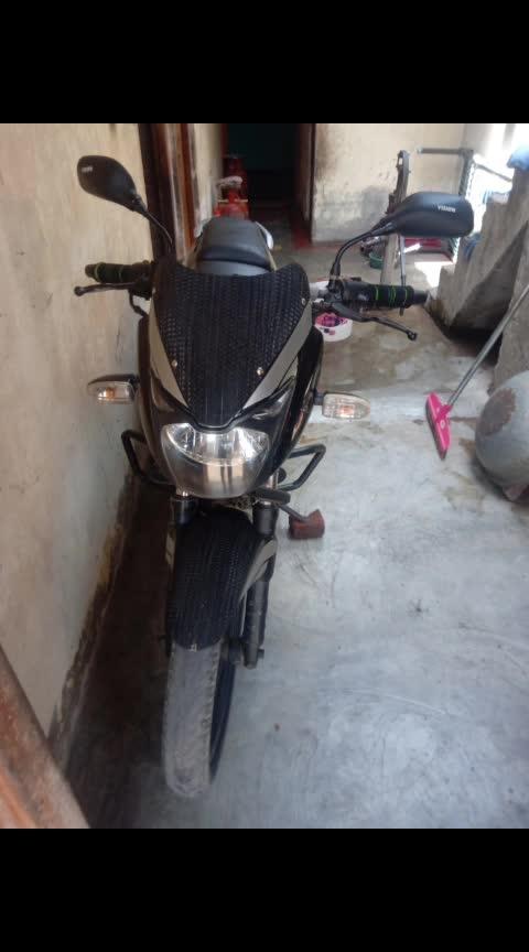 sell this pluser 180 (28000 run ) Price 25000