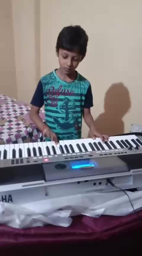 Kal Ho Na Ho #piano #pianomusic #pianolove #entertainment sharuk khan