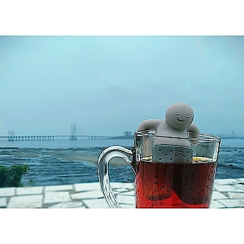 Feeling the Monday blues? Just chill with a chai, like Little Man Tea Infuser 🍵☔  #mondaymood #mondayblues #chai #coffee #chilling