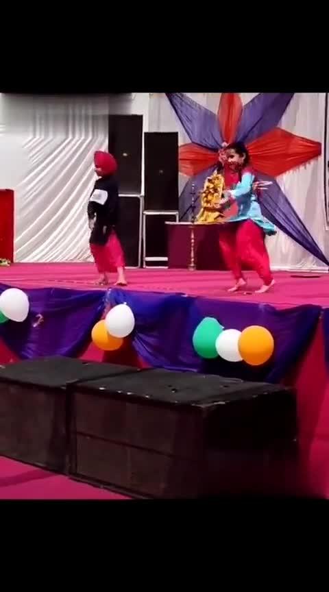 bhangra ty gidda👏👏👏
