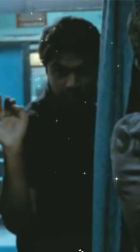 Omana Penne | Vinnaithandi Varuvaya | Full Screen | Tamil | Love | Whatsapp Status  #roposo-tamil #tamil #tamilbeats #tamilstatus