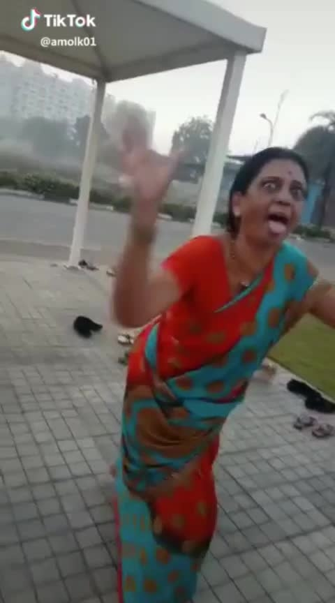 Aa bayune khetar upado nahitar gandi thache