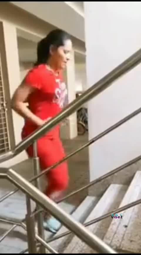 Wednesday Workout Anasuya workingout for her fat #anasuyabharadwaj #wednesdayworkout #anchoranasuya #earlymornings #exercise