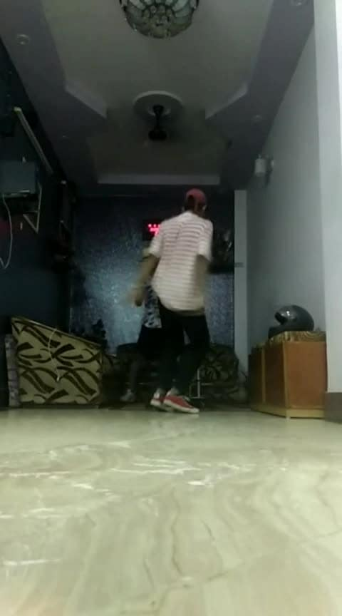 #freestyle #freestyledance #freestyling #ropo-beauty #ropso-love #ropo-beauty #roponess #roposo #roposo-fashion #roposoers #roposodance #roposo-rising-star-rapsong-roposo #roposodancing #roposodancer #vipulnigam #divume #divyagupta #wearingboho-coin-bib ,#roposocoins