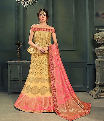 Shree designer saree is a one stop online shopping website that caters the needs of bride, groom and everyone involved in Indian wedding Experts in Indian saree, wedding sarees, lehenga choli, gowns, salwar kameez Fast delivery in USA, UK, Australia, Canada, Germany, France and worldwide.