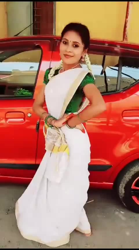 Blooper😄😍#babuji#funsong#family_time#mallu#hindisong#attire#risingstar#mohana#mohanadancevsdance#love#fun#mood#roposo-dance#roposo-dancer#roposo-tamil#roposo-india