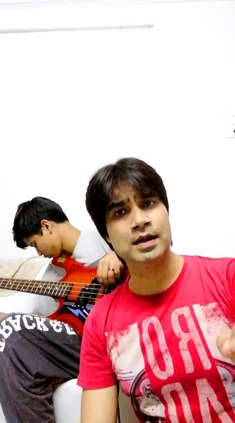 Har kisi ko nahin milta #arijitsingh #akshaykumar #boss #romantic_roposo #uvie #live #bassguitar #jamming