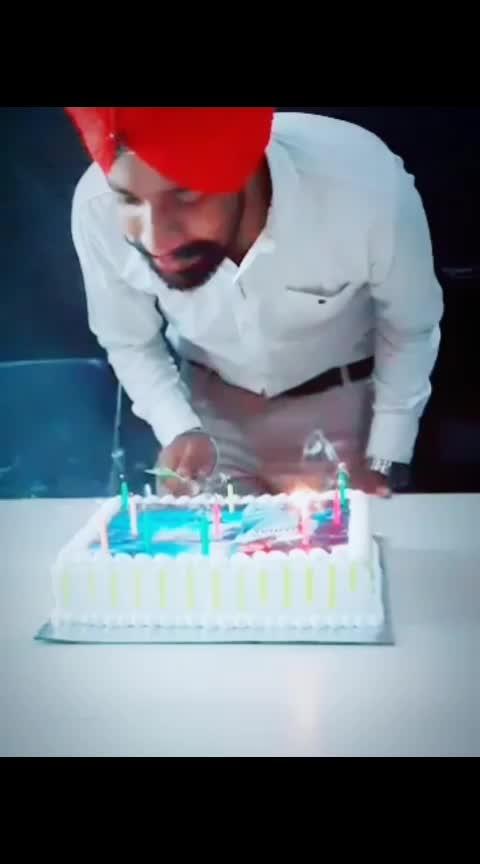 #happybirthdaytome #birthdaycelebration #mandeepbajwa1313 #punjabisong #jordansandhu