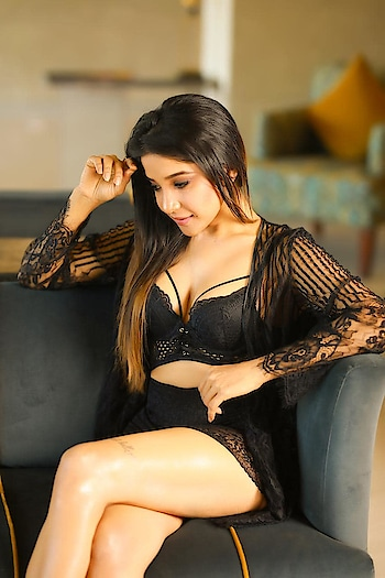 Big Boss Tamil 3 contestant Sakshi Agarwal hot photos https://southindianactress.in/tamil-actress/sakshi-agarwal/sakshi-agarwal-photoshoot-stills-2/  #sakshiagarwal #southindianactress #tamilactress #kollywood #kollywoodactress #indianactress #indiangirl #indianmodel #hot #hotgirl #hotactress #modelphotoshoot #modelphotography