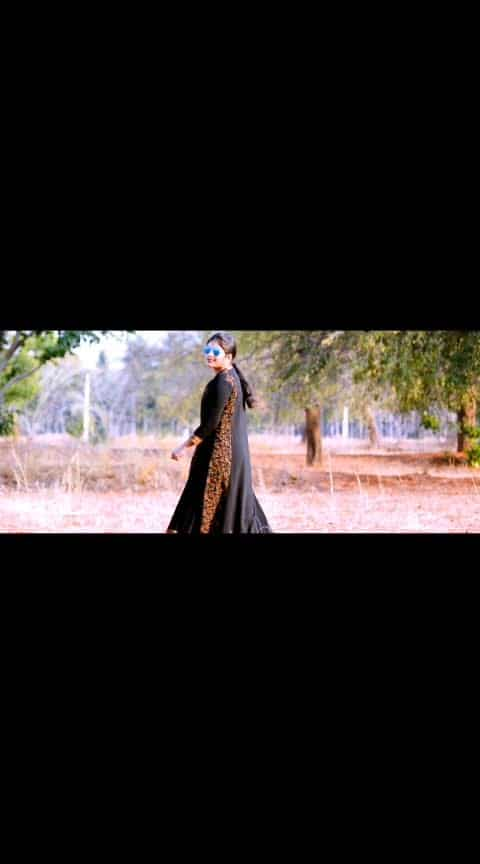 Bangaradalli #bangaradagombe #iloveyou #kannada #movie #upendra #rachitaram #love #song #music #duet #tiktok @sindu_r