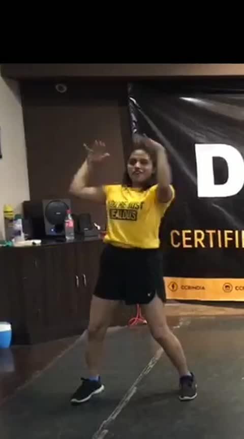 Kya SE Kya ho gya...full song🥰 #roposo-dance #dancelife #dancelove #dances #dancehall #dancehalldancer #danceholicsforlife #kyasekyahogaya #raghav #zindagi