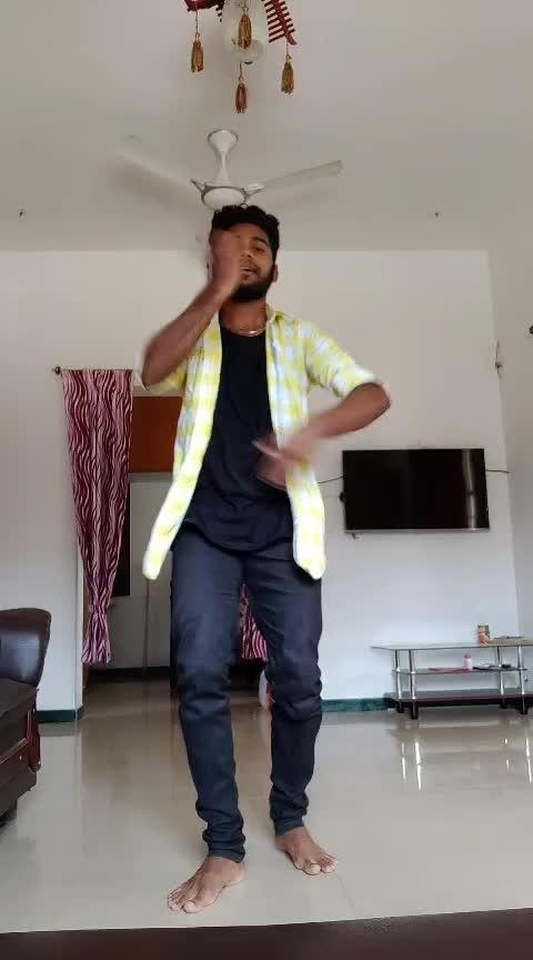 ennadi mayavi ne💞💞 #ennadimaayavinee #sidsriram #roposo-tamil #tamilsong #roposo-dance #roposo-beats #roposostars #darwin #coimbatore