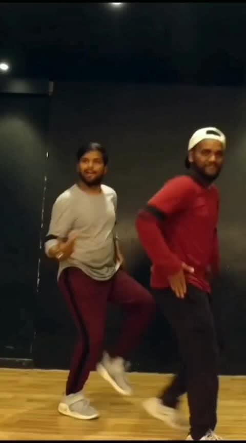 Sab Fade Jange🤩🤩 #roposo #roposodance #dance #roposo-beats #risingstar #roposostar #sabfadejange #bhangra