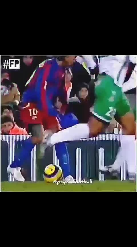 Ronaldinho ❤🔥🇧🇷 #brazilian #barcelona #magic #football #love #sportstv #skills #goals #footballlover