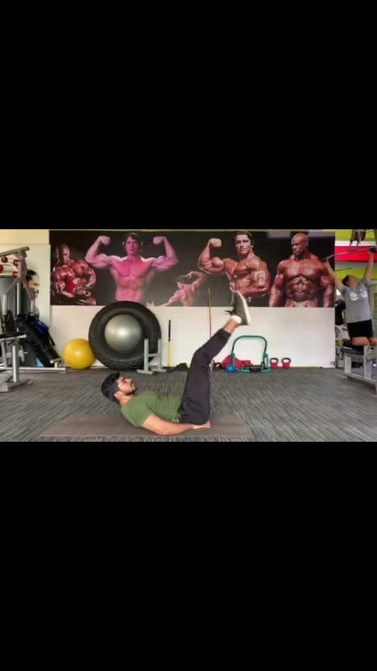 Abs workout #absworkout #fitness #fitnessaddiction #fitnessfreak #lookgoodfeelgood #roposo