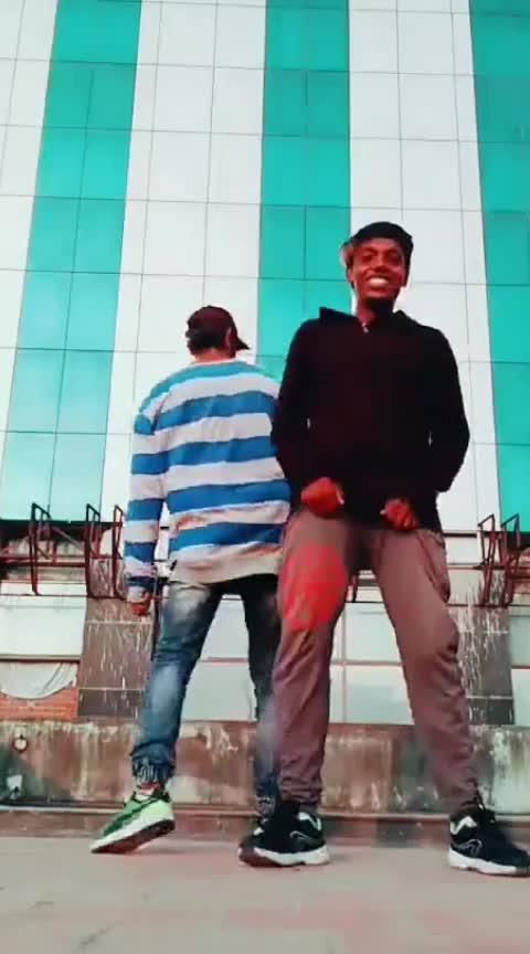 #dhanush #padikathavan #roposo-dance #callmytamil #roposo-beats #risingstaronroposo