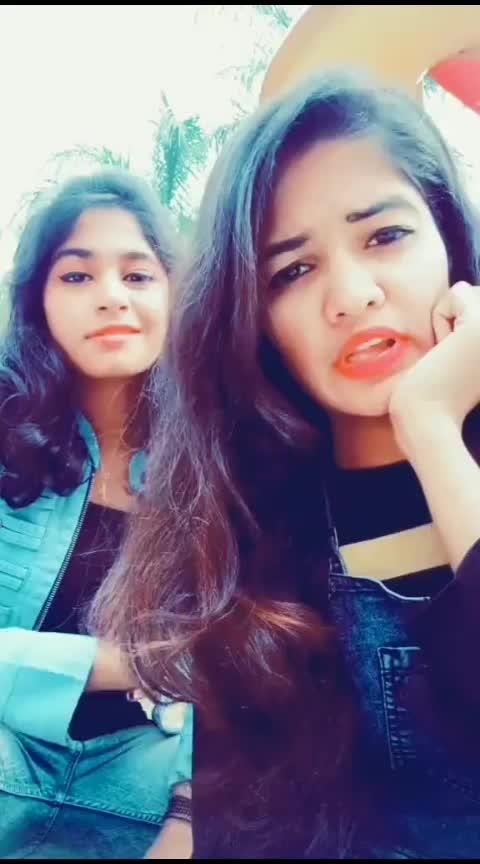 मराठीत बोला की 😂😂#commentall #roposo-comedy #roposo-fun Ash #girls-masti #musuc_lover_ #marathiactress #ropo-marathi #marathifilm #swaggerlifestyle #radhakrishna