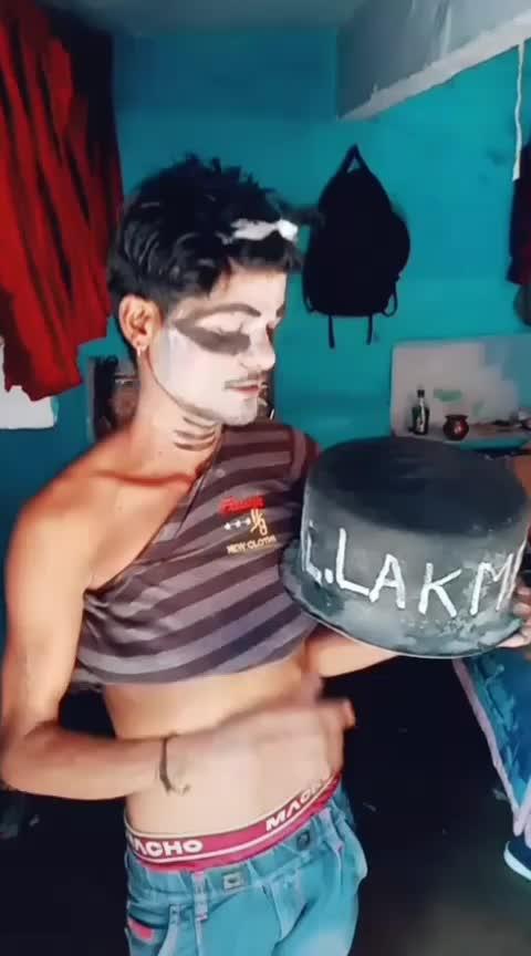 lakme desi beauty kajal 👀