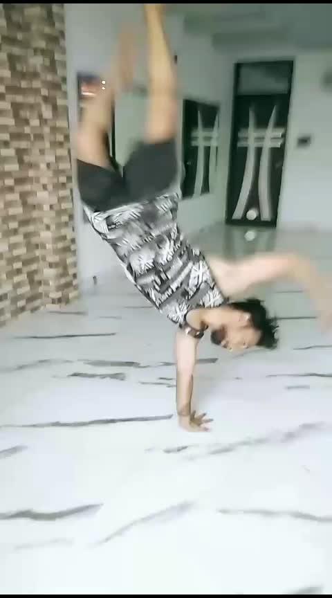 handhops fun #handhops #bboying #bboy  #breakdance #breakdancing #break_dancer #dance #roposo-dance #desi-dance #ropo-dance #best-dance #nice-dance #creativ-dance #fundancing
