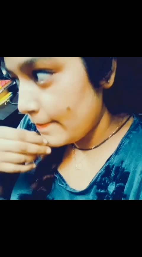 Pyar ke alawa bahut kuch hai duniya mein so please apni life enjoy karo #beautiful-life #love-life #roposo-fun #roposo-funny #funny #new-song